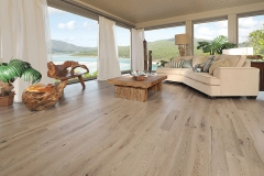 14_0068-SM-Handcrafted-Red-Oak-Chateau